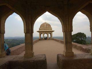 મ્યુઝિક્લ રોમાન્સમાં રસ છે ? તો માંડુ ગુજરાતથી બહુ દૂર નથી !