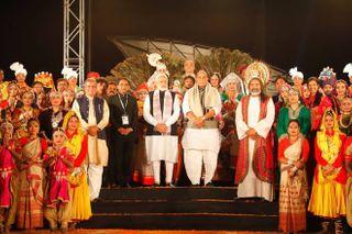 PM મોદીએ કેવડિયા ખાતે કલ્ચરલ પ્રોગામમાં હાજરી આપી