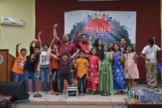 બાળકોને ગુજરાતી સુગમ સંગીત અને કાવ્યોનું જ્ઞાન મળી રહે તે માટે કિડ્સ કલરવનું આયોજન કરવામાં આવ્યું