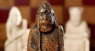 55 વર્ષ પહેલા 6 ડોલરમાં ખરીદવામાં આવેલા શતરંજના મોહરાની રૂ. 6 કરોડમાં હરાજી
