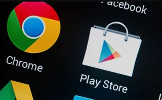 Googleએ પ્લે સ્ટોર પરથી હટાવ્યા ડમી એપ,કાર્ડની ડિટેઇલ માંગીને ઉડાવતા હતા રૂપિયા,કરોડો વાર ડાઉનલોડ થઇ એપ્લિકેશન