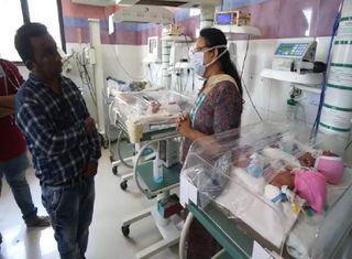 વડોદરાની સયાજી હોસ્પિટલમાં મહિલાએ એક સાથે ચાર બાળકોને જન્મ આપ્યો