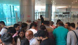 અમદાવાદ એરપોર્ટ પર દિલ્હીની ફ્લાઈટને બર્ડ હિટ, 97 મુસાફરો સવાર હતા