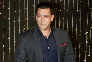સલમાન ખાન મેરેજ હોલ પર બેઝ્ડ ફિલ્મ પ્રોડ્યૂસ કરશે