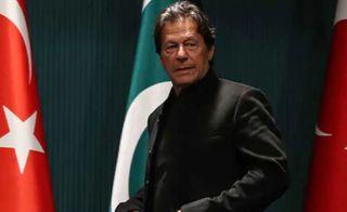 ભારત પરમાણુ હથિયારોનો ત્યાગ કરે તો પાકિસ્તાન પણ એ જ રાહે ચાલશે: ઇમરાન ખાન