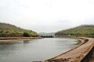 નહેરોને નુકસાન પહોંચાડનાર કે પાણીનો અનધિકૃત ઉપયોગ કરનારને સજા, દંડ