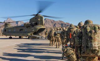 અમેરિકાની અફઘાનિસ્તાનમાંથી પોતાના 5000 સૈનિકો પરત બોલાવાની કવાયત