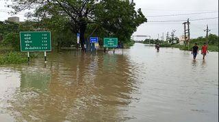ઓલપાડ : ઓલપાડ તાલુકાના પુર અસરગ્રસ્તોને સરકારે રૂ.૮૨.૮૦ લાખ સહાયની ચુકવણી કરી