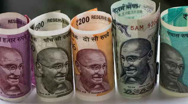 Rupee six months down: silver prices rose