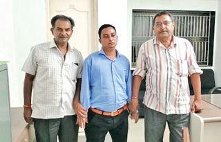 તારાપુરમાં વીજકંપનીનો ઈજનેર રૂ10 હજારની લાંચ લેતાં ઝડપાયો