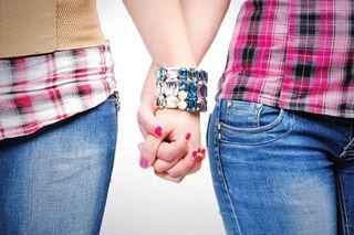 અજબ પ્રેમ કી ગજબ કહાની,'એકબીજાંને પ્રેમ કરીએ છીએ, લગ્ન કરી સાથે રહેવું છે': બંને યુવતીની વાત કોર્ટે માન્ય રાખી