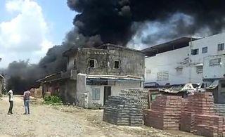 કોસંબા : પિપોદરા જીઆઈડીસીમાં જૂનું ઓઇલ રિફાઈન્ડ કરતી કંપનીમાં ભીષણ આગ