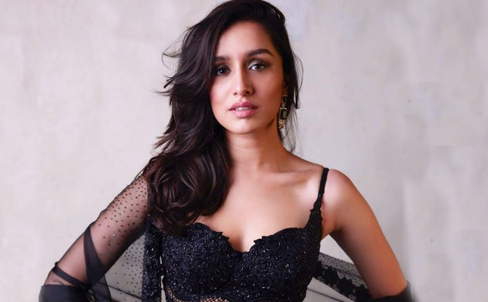 shraddha rejected rumors about fees