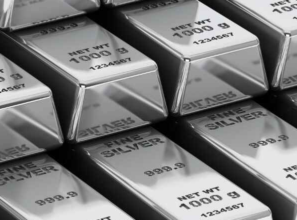 Silver crossed the surface of rupees 50,000 again six years later