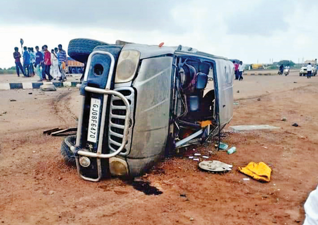 Triple accident happens on highway in Kutch: One dead