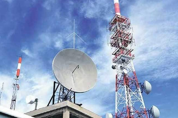 Telcos services revenue rises to Rs 39,123 cr in Apr-Jun