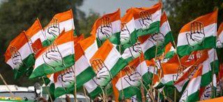 સોનિયા ગાંધીએ ગુજરાત કોંગ્રેસનું માળખું વિખેર્યું, ચાવડા યથાવત્