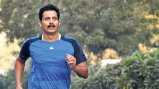 અમદાવાદ : 50 વર્ષ પૂર્ણ થયાની ખુશીમાં દોડ્યા 50 કલાક, 2.75 કિગ્રા વજન થયું ઓછુ