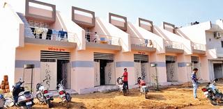 રાજકોટ શહેરમાં યુવા ભાજપ કાર્યકરે સૂચિતમાં ઊભાં કર્યા 8 ગેરકાયદે મકાન!