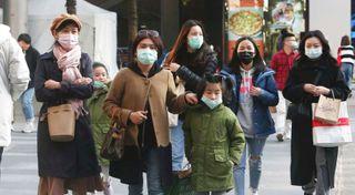ચીનમાં કોરોના વાયરસથી મૃત્યુઆંક 425 થયો, 20,000થી વધુ સંક્રમિત થયા