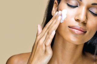 સંવેદનશીલ ત્વચાની સંભાળ કેવી રીતે લેવી?