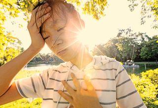 બાળકોમાં અને વધારે પડતું વજન ધરાવતી વ્યક્તિઓમાં ગરમીની અસર વધારે જોવા મળે છે
