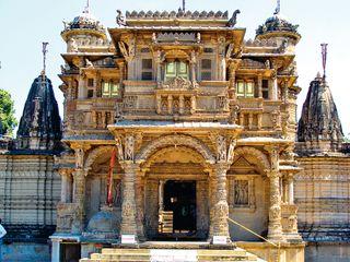 ગુજરાતના ગૌરવ સમાં હરકુંવર શેઠાણી