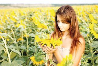 જો સુખ, શાંતિ, પ્રસન્નતા જેવા સકારાત્મક વિચારો કરીશું તો તેવી આનંદમય સૃષ્ટિનું સર્જન થઈ શકશે
