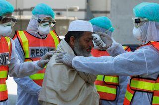 પાકિસ્તાનમાં 300 લોકો કોરોના વાયરસની લપેટમાં, બેના મોતની પુષ્ટિ