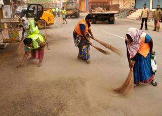 સફાઈ કર્મવીરોની અનન્ય સેવા અને નિષ્ઠાપૂર્વકના કર્તવ્યથી ગુજરાતની જનતા કોરોના સામે સલામત અને  સુરક્ષિત : CM વિજય રૂપાણી