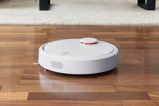 શું તમે ઘરમાં ઝાડુ પોતા કરીને કંટાળ્યા છો? હવે Mi Robot Vacuum Mop P કરશે તમારા કામ