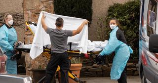 અમેરિકામાં કોરોના વાયરસને કારણે એક દિવસમાં 1500ના મોત થયા