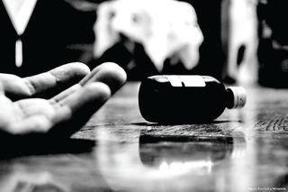 દારૂડિયા-જુગારી પતિના ત્રાસથી મહિલાનો આપઘાત