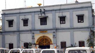 અ'વાદ સાબરમતી મધ્યસ્થ જેલમાં પાકા કામના કેદીનો ફાંસો ખાઈ આપઘાત