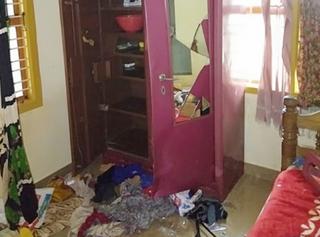 નિવૃત્ત શિક્ષકના ઘરમાંથી 50 લાખની રોકડ સહિત 52.40 લાખની મતા ચોરાઈ