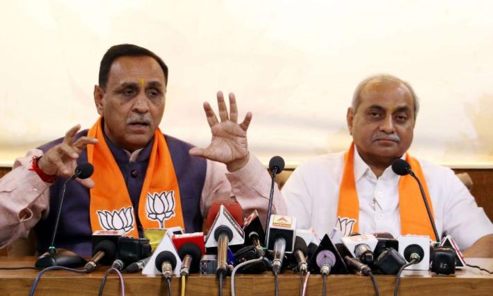આત્મનિર્ભર ગુજરાત કેન્દ્રીત ઔદ્યોગિક નીતિ જાહેર કરતાં મુખ્યમંત્રી રૂપાણી
