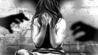 લેબ ટેક્નિશિયને નોકરીની લાલચ આપીને સગીરા પર બળાત્કાર ગુજાર્યો