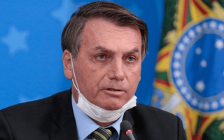 પત્ની અંગે સવાલ પૂછતા બ્રાઝીલના રાષ્ટ્રપતિ જૈર બોલસોનારો પત્રકાર પર ભડક્યા