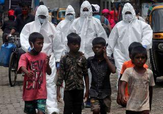 દુનિયામાં 2.70 કરોડ લોકો કોરોનાથી સંક્રમિત, કુલ મૃત્યુઆંક 8.82 લાખ