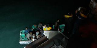 ઓખાના દરિયામાં જહાજ ડૂબ્યું, 12 ખલાસીઓનો આબાદ બચાવ