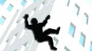 સુરતના સમરસ કોવિડ કેર સેન્ટરના નવમા માળેથી યુવાને પડ્તું મૂક્યું