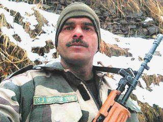 PM મોદી વિરુદ્ધ ચૂંટણી લડનાર BSFના પૂર્વ જવાન તેજબહાદુરની અરજી સુપ્રીમ કોર્ટે ફગાવી