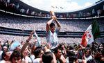 મહાન ફૂટબોલર ડિએગો મારડોનાનું નિધન, આર્જેન્ટિનાના રાષ્ટ્રપતિએ ત્રણ દિવસો શોક જાહેર કર્યો