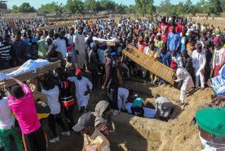 આફ્રિકાઃ નાઇઝિરીયામાં કત્લેઆમ, આતંકીઓએ 110 લોકોના ગળા કાપી હત્યા કરી