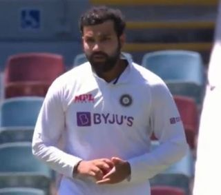 Ind vs Aus: ચોથી ટેસ્ટમાં વધુ એક ખેલાડી ઇજાગ્રસ્ત, રોહિત શર્માને કરવી પડી બોલિંગ