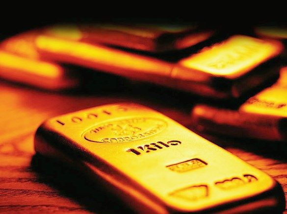 Further improvement in gold behind global flows