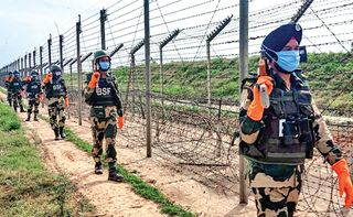 તૃણમૂળનો ચૂંટણી પંચ સમક્ષ બેફામ આક્ષેપઃ BSF મતદારોને ધમકાવે છે