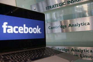 CBIએ યુકેની કેમ્બ્રિજ એનાલિટિકા સામે 5.62 લાખ ભારતીયોના FB ડેટા ચોરીમાં કેસ કર્યો