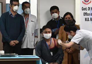 ભારતમાં રસીકરણ મહાભિયાન: એક અઠવાડિયામાં લગભગ 16 લાખ લોકોને અપાઇ રસી