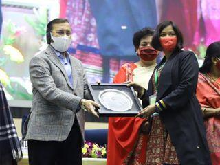 સુરતના DCP સરોજકુમારી બન્યા રિયલ હીરો, નવી દિલ્હી ખાતે 'મહિલા કોરોના યોદ્ધા: વાસ્તવિક હીરો' એવોર્ડ એનાયત